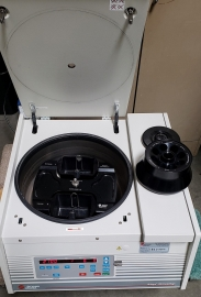 Allegra 25R Benchtop Centrifuge with Two Rotors
