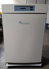 Thermo Forma Model 3130 Trigas CO2 Incubator 6.5 cu.ft.